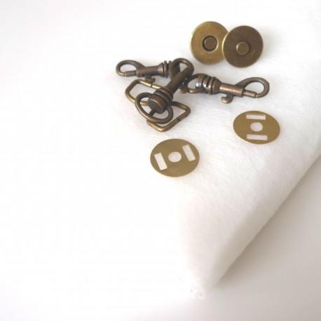 Lot fournitures sac Cachôtin bronze