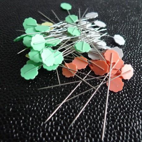 Epingles à tête fleur pastel
