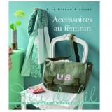 """Livre """"Accessoires au féminin"""""""