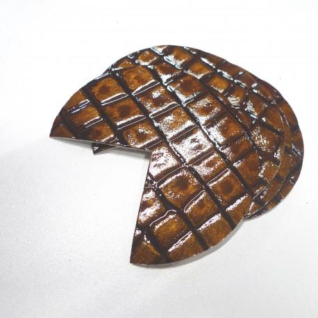 Coins de sacs cuir laqué bronze