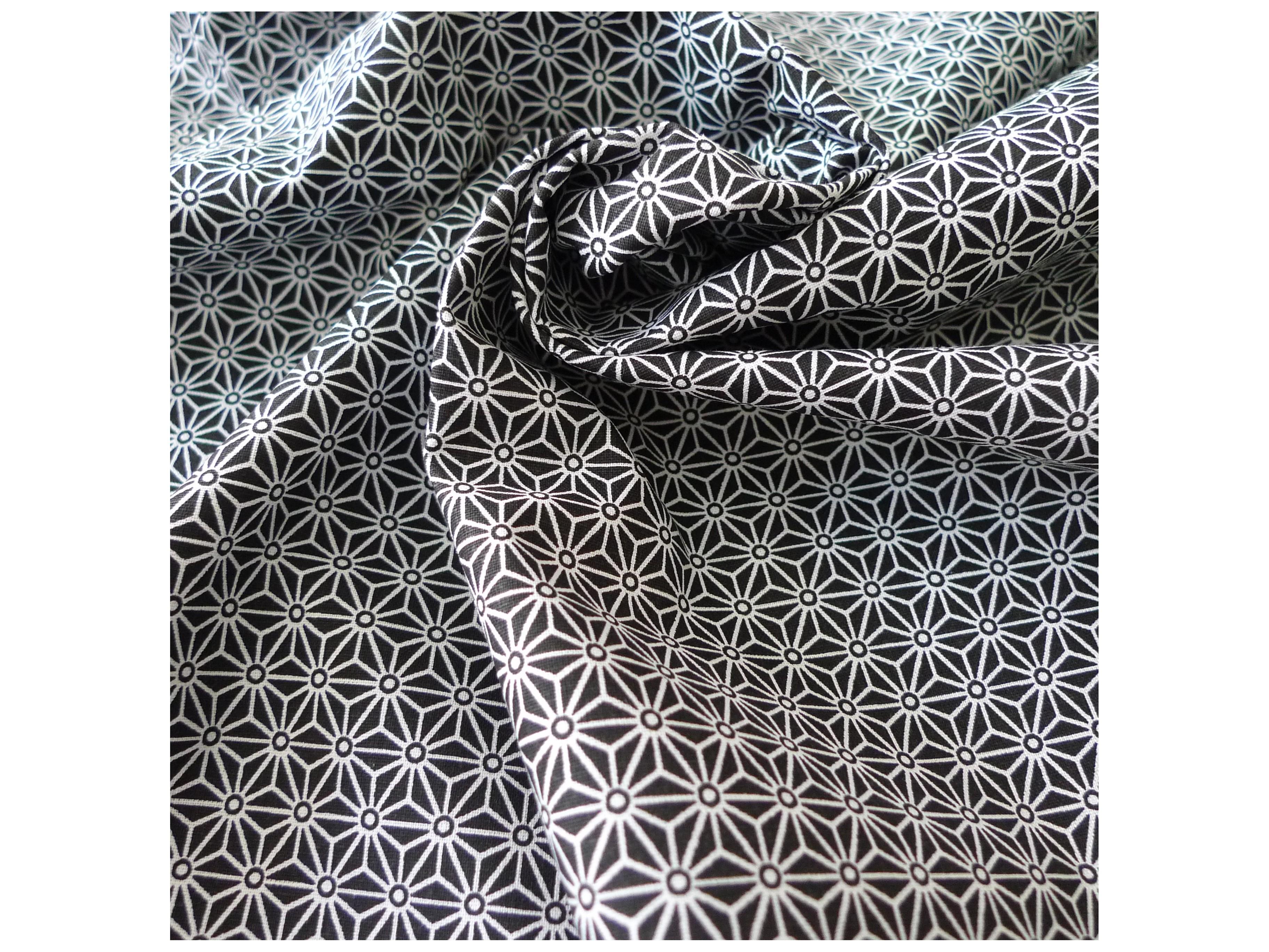 6 Blanc Avec Noir patte motif tissu boutons recouverts 20 mm