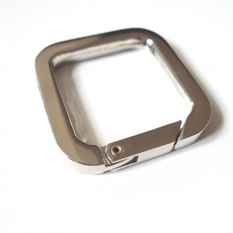 Mousqueton carré 30  mm